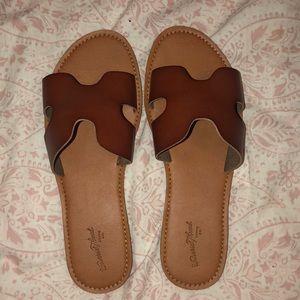Nude/brown Sandals